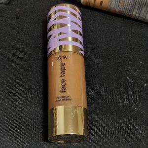 "Rich Sand)Tarte ""Face Tape"" Foundation"